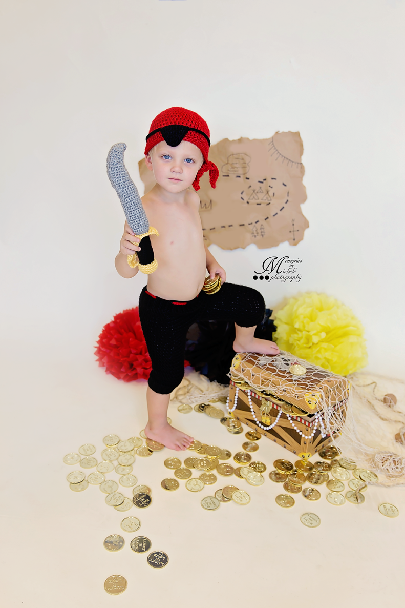 Crochet Pirate Costume by AMKCrochet.com